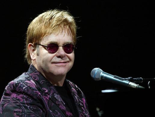 El cantante británico, Elton John.