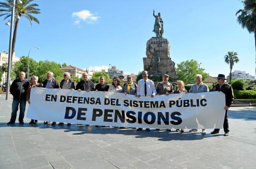 Los ciudadanos de las Islas muestran su preocupación por el futuro de las pensiones.
