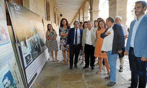 Francina Armengol y Alejandro Texías, este viernes, en la muestra de la UGT en Palma.
