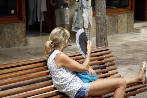 Temperaturas de hasta 37 grados mantienen en alerta a Baleares.