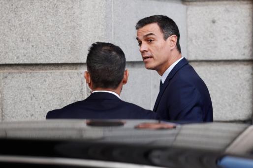 El candidato socialista, Pedro Sánchez, a su llegada este jueves al Congreso.