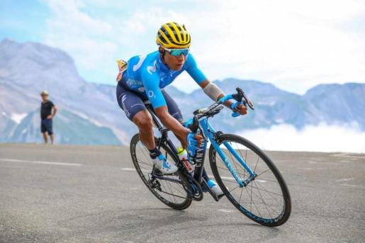 Quintana culmina un ataque lejano en la 'etapa reina' y asciende al séptimo puesto, mientras el 'amarillo' neutraliza a sus rivales.