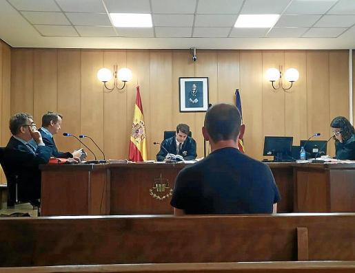 El taxista condenado durante el juicio celebrado en Palma.