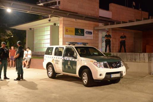 El arrestado fue trasladado a las dependencias de la Guardia Civil de Magaluf.