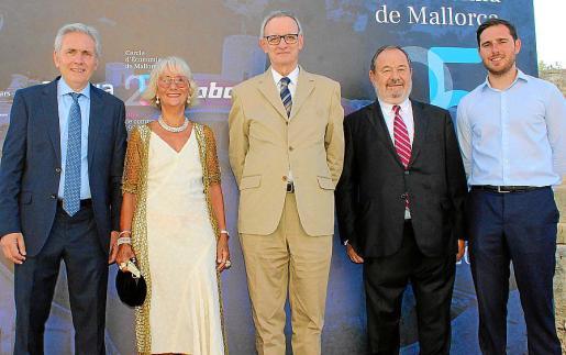Josep María Vicens, Aina Salom, Antón Costas, Vicenç Rotger y José Vicens.