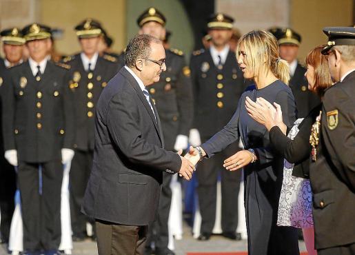 Enrique Morell recibió una condecoración policial en 2015.