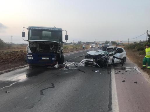 Estado en el que han quedado los vehículos implicados en la colisión.