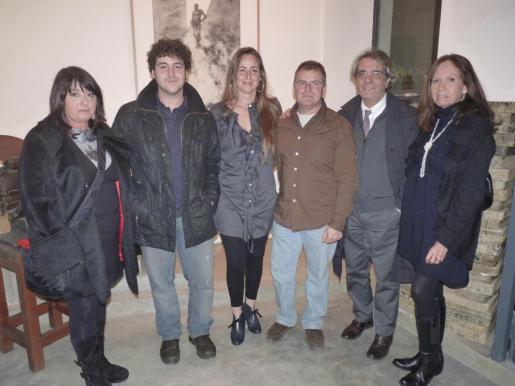 Maria Carbonero, Manu Menéndez, Natividad Castillo, Menéndez Rojas, Carlos Roig y Patricia Estrada