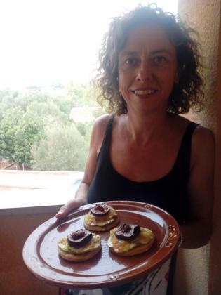 Antonia Mora Coll presenta su receta: Galletas d'Oli de Mallorca de s'Hort de Pina.