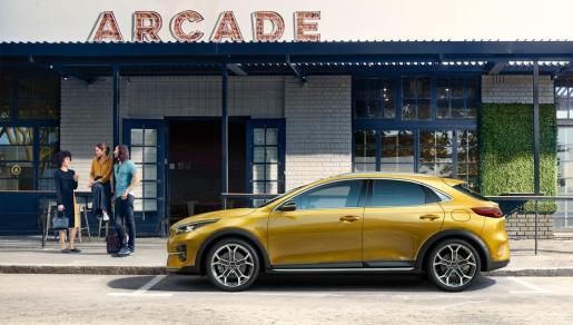 El Kia XCeed es un nuevo 'crossover utility vehicle' (CUV) urbano de Kia Motors.