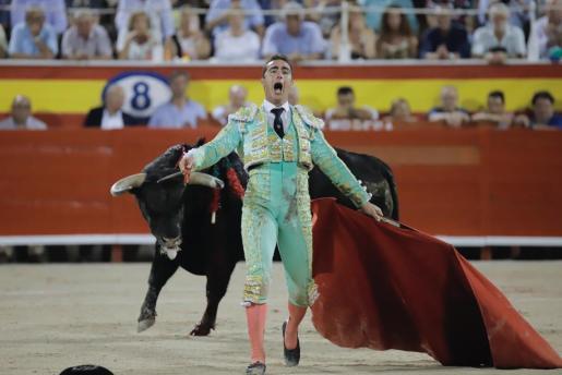 El Fandi, durante la corrida de toros en Palma.