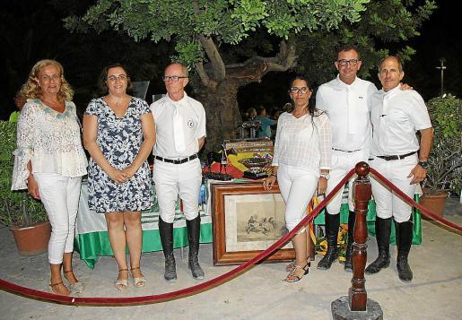 María Aristoy, Sandra Llop, Juan Gual de Torrella, Natascha Weber, Carlos Núñez y Guillermo Bouzas.
