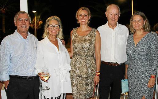 Juan Carlos Bibiloni, Pemi de Marguerie, Patricia Conrado, Francisco José Conrado y María Salom.