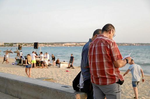Agentes de la Policía Local comprobaron la documentación de Reach Mallorca.