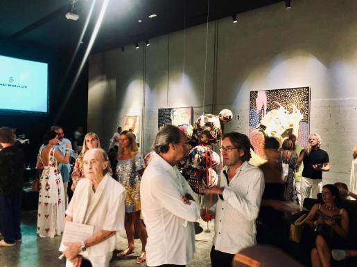 La moda ibicenca en Mallorca y la inauguración de la sala Gerhardt.