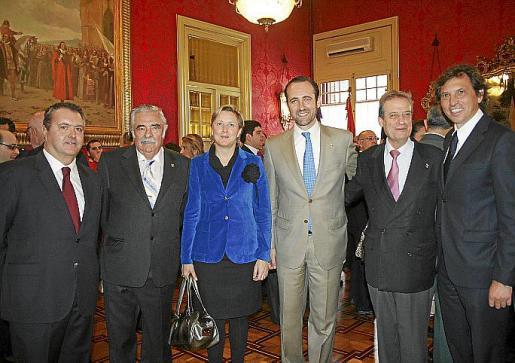 Pedro Barceló, Pere A. Serra, Carmen Feliu, José Ramón Bauzá, Eduardo Gamero y Mateo Isern.
