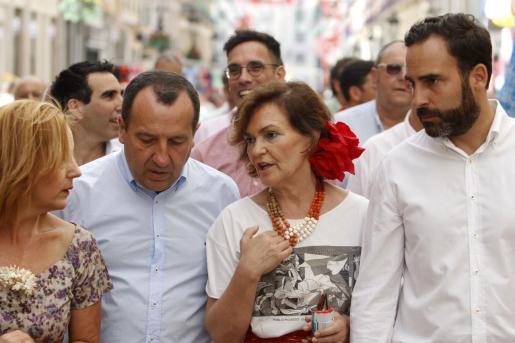 Desde el Gobierno español se «estuvo trabajando todo el tiempo» para realizar el reparto de estos migrantes, ha dicho Calvo. En la imagen, la vicepresidenta en funciones este pasado fin de semana en la feria de Málaga.