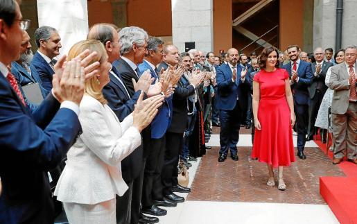 La popular Isabel Díaz Ayuso antes de tomar posesión como presidenta de la Comunidad de Madrid.