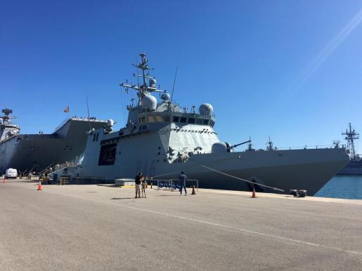 El buque de la Armada española 'Audaz' en la base de Rota (Cádiz)