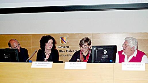 Javier Sebastián Pacheco, Susana González, Pilar Tazón y Pilar Ferrer.