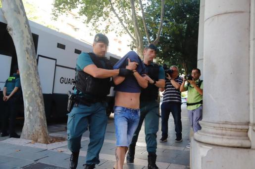 Los detenidos por narcotráfico han sido enviados a prisión por la jueza.