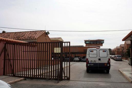Exterior de la cárcel de La Torrecica, en Albacete, donde un matrimonio de Caudete (Albacete), G. R. T., de 28 años de edad, y A. M. G., de 27 años, están en prisión provisional desde comienzos del mes de julio por la muerte de sus dos bebés.
