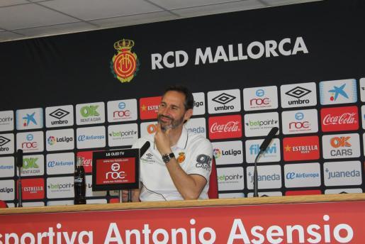 Vicente Moreno en rueda de prensa en la Ciudad Deportiva Antonio Asensio.