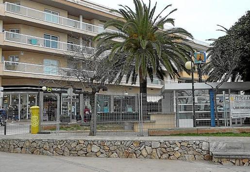 Las obras de la oficina de turismo se paralizaron en marzo.