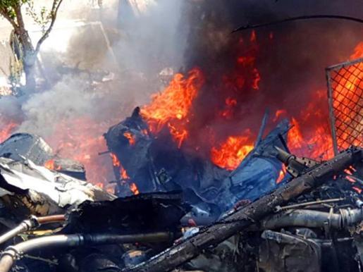 Las aeronaves se incendiaron al colisionar contra el suelo.