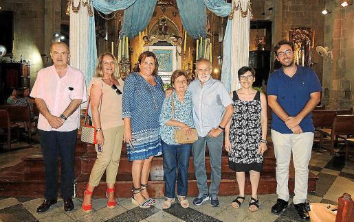 Francisco Valls, Águeda Ropero, Mila Cerdó, Margalida Magraner, Tomás Monserrat, Sebastiana Carbonell y Juanjo Soler.