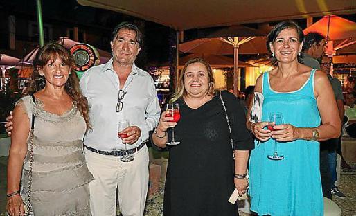Aurora García, Xavi Bonet, Lena Marcus y Patricia Nadal.