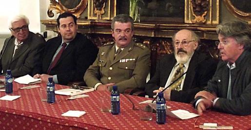 Miquel Buades, Bartomeu Oliver, Teodoro Pou, Andreu Muntaner y Natxo Knorr.