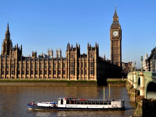 La Cámara de los Lores también ha dado su visto bueno a la ley para frenar el «Brexit» duro.