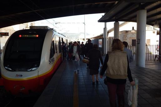 Los morados quieren incrementar el dinero destinado al tren en Mallorca.