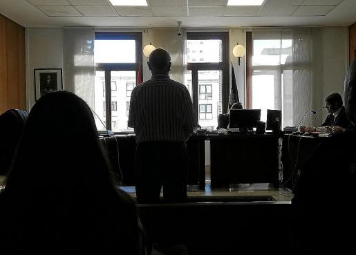 El acusado, este viernes, en una sala de lo Penal de los juzgados de Vía Alemania de Palma.