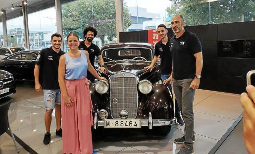 El Urbia Voley Palma y el concesionario Autovidal renovaron su acuerdo de patrocinio.
