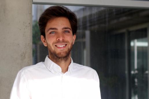 La tesis ha sido elaborada por Sebastià Galmés Monroig.
