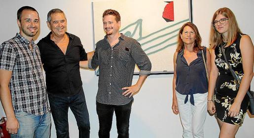Miguel Ramírez, el artista 'Manotes', Josep Santamaría, Alicia Binimelis y Xisca Castell.