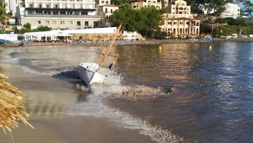 Embarcaciones varadas en Sóller.