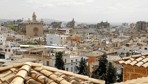 Los API avisan de los problemas para encontrar un piso en condiciones en Palma por menos de 400.000€.