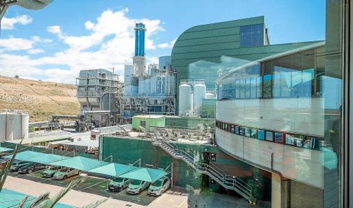 Tirme, encargada de la gestión de residuos en Mallorca, y la FUEIB han impulsado un Máster de Gestión e Ingeniería Ambiental.