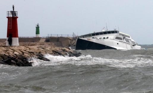 Iamgen de archivo del ferry 'Pinar del Río', de la naviera Baleària.