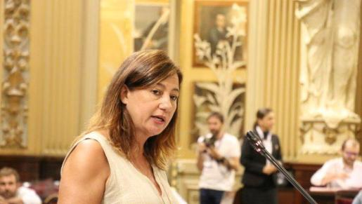 La presidenta del Govern ha comparecido en el pleno del Parlament.