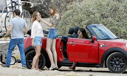 Marta Milans, Laura Haddock y Geena Roman filmaron diferentes secuencias para esta ficción de Netflix.