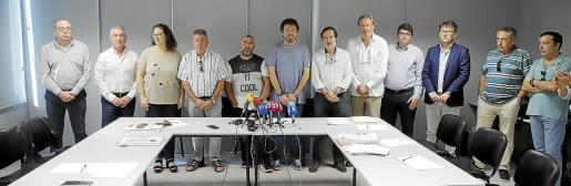 Patronales y sindicatos del comercio firmaron este miércoles el convenio colectivo tras el acuerdo logrado en agosto.