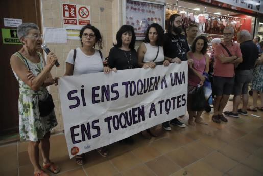 El acto de repulsa contra la violencia de género ha tenido lugar en Pere Garau.