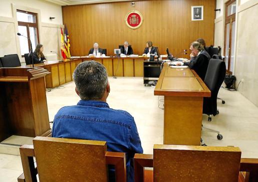 El acusado, este viernes en el juicio celebrado en la Audiencia de Palma.