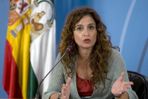 La consejera de Salud de la Junta andaluza calificó la nueva norma de «vanguardista, valiente y sensible».