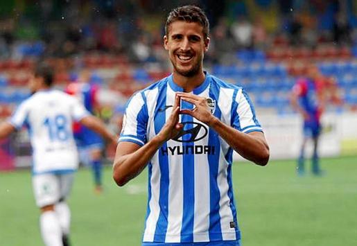 Villapalos celebra un gol del equipo esta temporada.