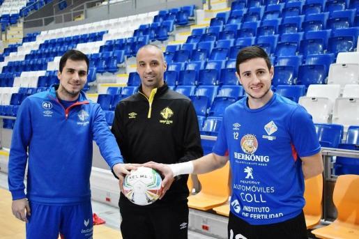 Mati Rosa, Antonio Vadillo y Nico Sarmiento posan en Son Moix.